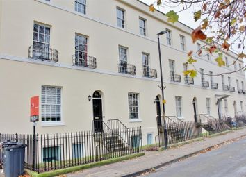 3 bed property for sale in Brunswick Square, Gloucester GL1