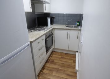 Thumbnail 4 bed flat to rent in Northlands Drive, Winchester