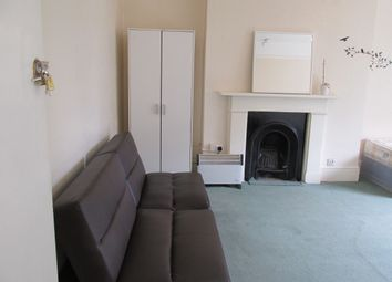 Thumbnail Room to rent in Sinclair Road, London