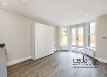 Thumbnail Studio to rent in Holmdale Road, London