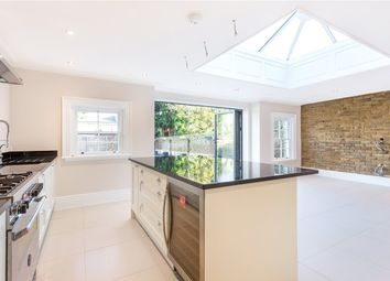 Thumbnail 4 bed terraced house to rent in Chase Side, Enfield