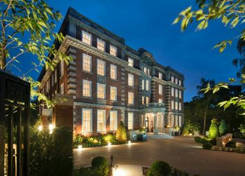 Thumbnail 3 bedroom flat for sale in Furnival House, Cholmeley Park, Highgate Village