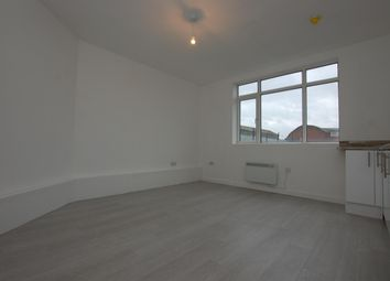 Thumbnail 1 bed flat to rent in High Street, Cradley Heath