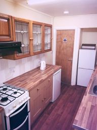 3 bed property to rent in Argyle Street, Sandfields, Swansea SA1