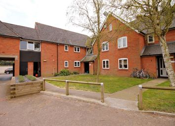 Thumbnail 2 bed flat to rent in New Town Road, Colchester