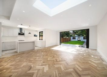 Thumbnail 6 bed terraced house to rent in Huxley Gardens, Ealing, London