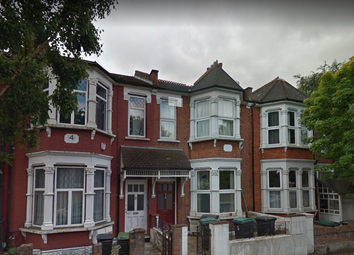 Thumbnail 5 bed terraced house to rent in Hewitt Road, Haringey