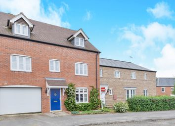 Thumbnail 5 bed town house for sale in Winter Gardens Way, Banbury