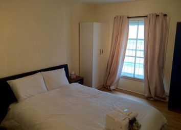 Thumbnail 3 bed flat to rent in Victoria Street, Victoria, London