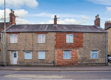 Thumbnail 5 bed terraced house for sale in Kings End, Bicester, Oxfordshire
