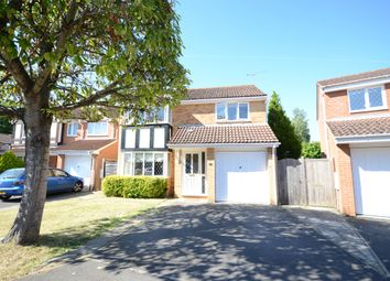 Thumbnail 4 bedroom detached house to rent in Watson Close, Finchampstead, Wokingham