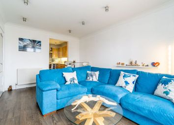 Thumbnail 2 bed flat for sale in 18 Old School Wynd, Ochiltree
