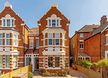 Kings Road, Richmond, Surrey TW10, south east england property