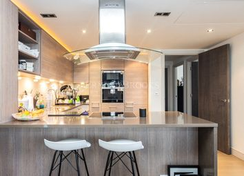 Octavia House, Imperial Wharf, 213 Townmead Road SW6. 2 bed flat