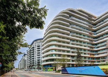 Thumbnail 2 bed flat for sale in Battersea, London