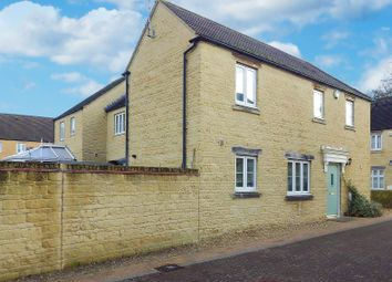 Thumbnail 4 bedroom detached house to rent in Bluebell Way, Carterton, Oxfordshire