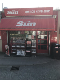 Thumbnail Retail premises for sale in Freehold Traditional Newsagents In Wakefield WF2, West Yorkshire