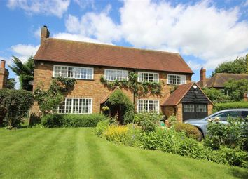 Thumbnail 4 bed property for sale in Spring Road, Harpenden, Hertfordshire