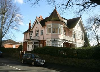 Thumbnail 2 bed flat to rent in Hempson Avenue, Langley, Berkshire