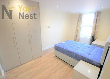 Thumbnail 2 bedroom flat to rent in Woodsley Rd, Hyde Park