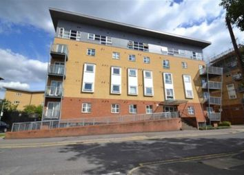 Station Road, Borehamwood WD6. 2 bed flat