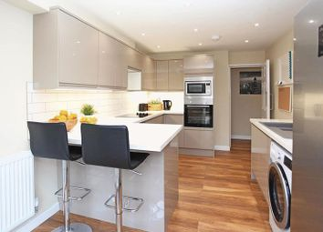 Thumbnail Room to rent in 12 Dallamoor, Hollinswood, Telford, Shropshire