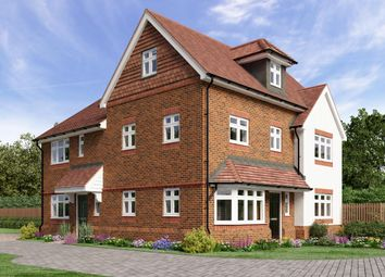 Thumbnail 4 bed town house for sale in Campbell Close, Hookwood, Horley