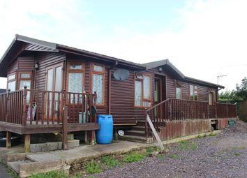 Thumbnail 4 bed mobile/park home for sale in Castleton Road, St Athan, Barry