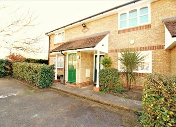 Thumbnail 1 bed maisonette to rent in Worcester Gardens, Slough