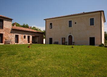 Thumbnail 6 bed farmhouse for sale in Via di Montepulciano, Siena, Tuscany, Italy