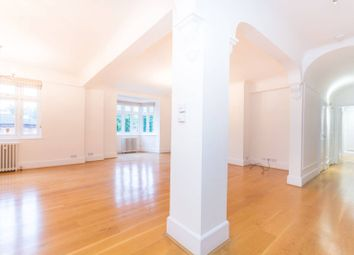 Thumbnail 5 bedroom flat to rent in Hall Road, St John's Wood