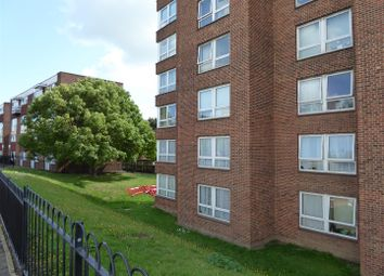 2 bed flat to rent in Hardres Street, Ramsgate CT11
