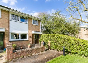 3 bed end terrace house for sale in Middlefields, Forestdale, Croydon CR0
