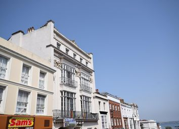 Thumbnail 1 bed flat to rent in Union Street, Ryde