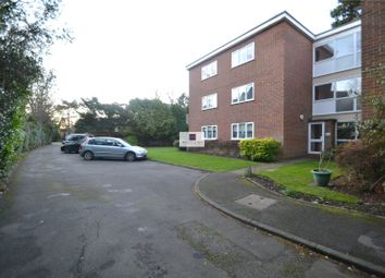 Thumbnail 2 bedroom flat to rent in Langley Road, Watford