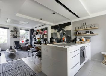 2 bed maisonette for sale in Riverside Mansions, Wapping, London E1W