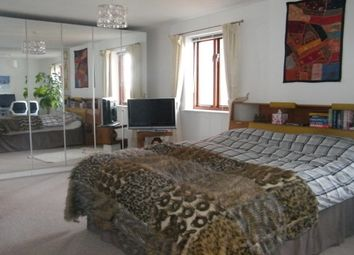 Thumbnail 2 bed flat to rent in Gabriels Wharf, Exeter