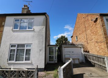 Thumbnail 2 bed cottage for sale in Little Wakering Road, Little Wakering, Southend-On-Sea