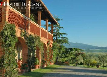 Thumbnail 11 bed country house for sale in Via Del Giglio, Pienza, Siena, Tuscany, Italy
