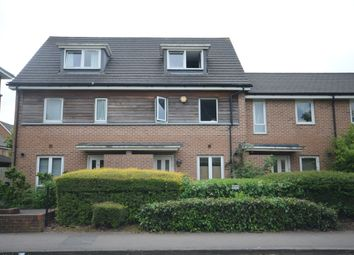 Thumbnail 3 bed town house to rent in Amersham Road, Caversham, Reading