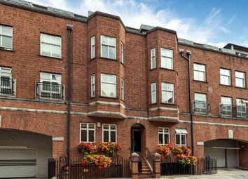 Thumbnail 2 bed flat for sale in Hatherley Street, London