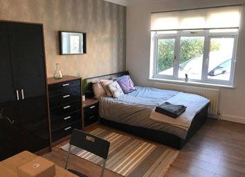 Thumbnail Studio to rent in Quantock Gardens, Cricklewood