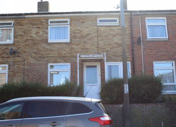 2 bed semi-detached house to rent in Hollyfield, Harlow CM19