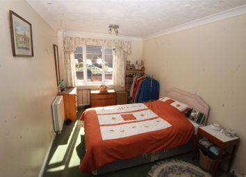 Thumbnail 2 bed flat to rent in Recorder Road, Norwich