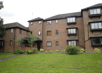 Thumbnail 2 bed flat to rent in Twycross Road, Godalming