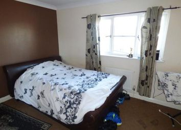 Thumbnail Room to rent in Grebe Close, Barking IG11, London,
