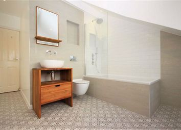 Thumbnail Flat to rent in Chingford Road, London