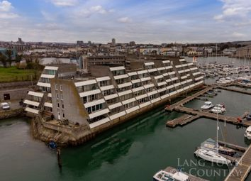 Ocean Court, Richmond Walk, Stonehouse, Plymouth PL1. 2 bed flat for sale