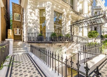 4 bed flat for sale in Holland Park, London W11