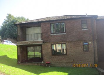 Thumbnail 2 bedroom flat to rent in Hilders Farm Close, Crowborough